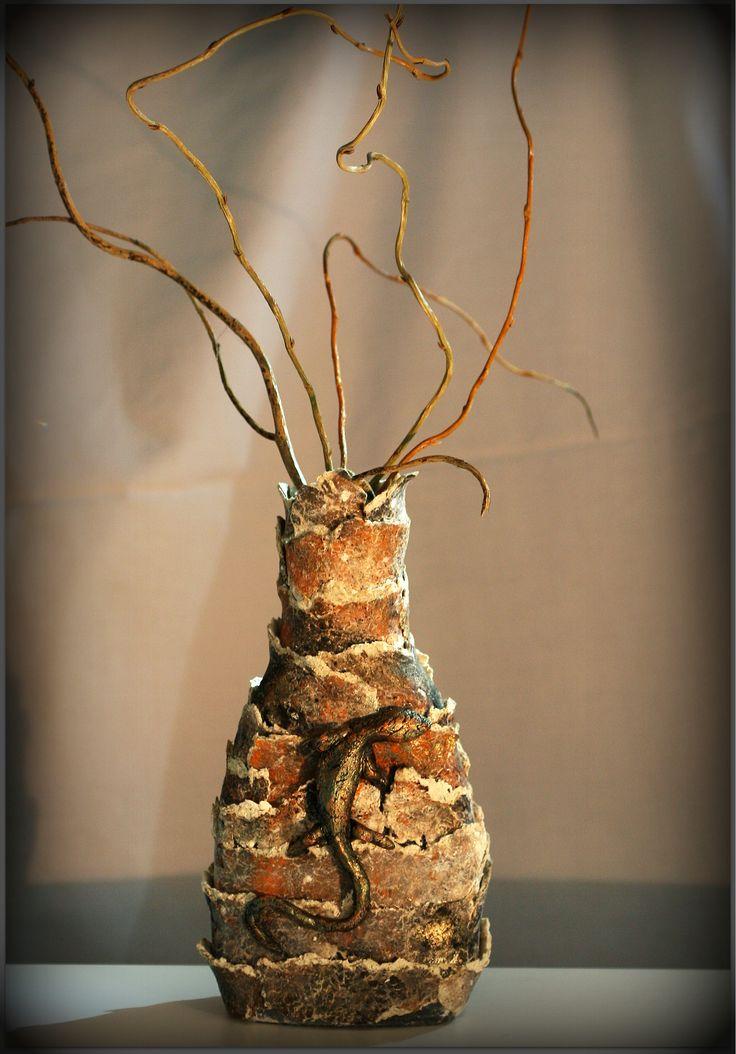 """""""Lizard"""" vase"""