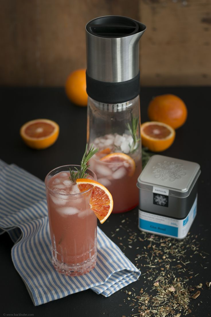 Blood Orange Gin Tea mit Rosmarin und ohne Alkohol {Reklame} – Backbube