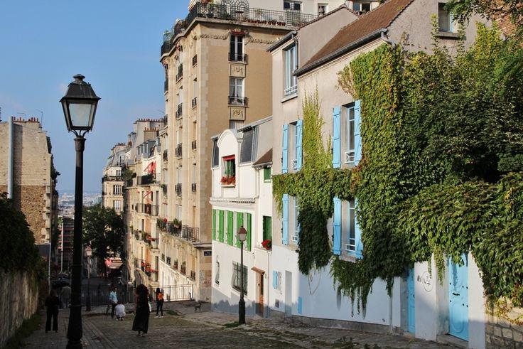 Montmartre Paris #montmartre #Paris #street #color