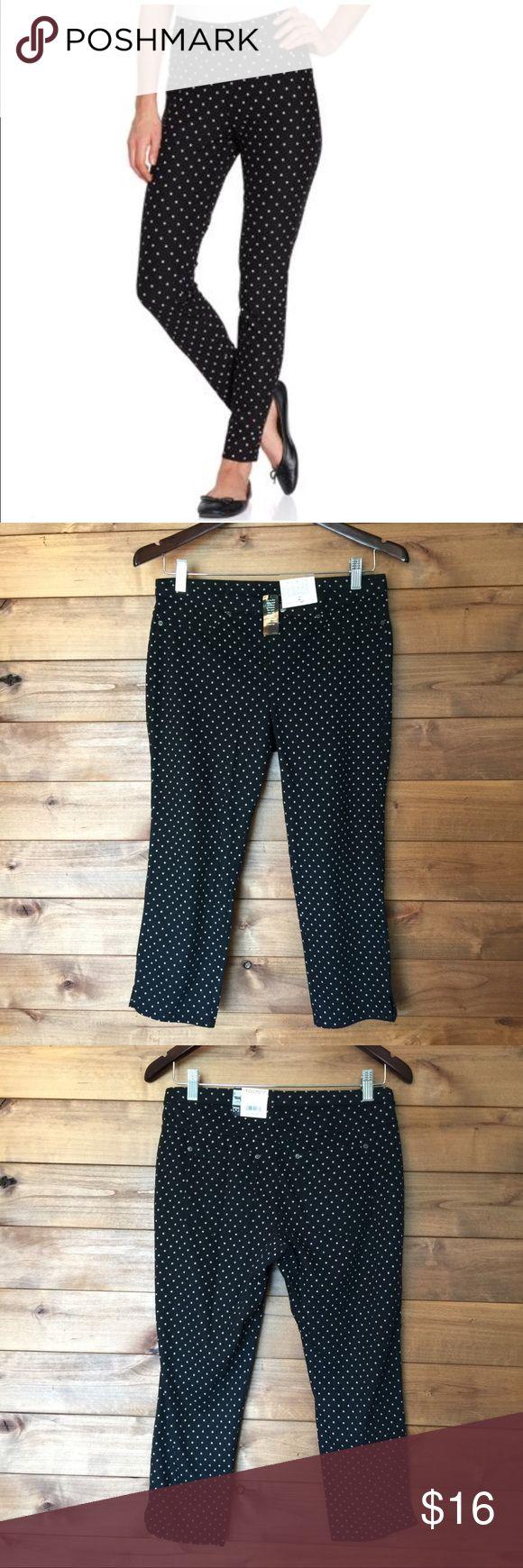 "HUE Polka Dot Leggings Jeggings Polka dot Jean leggings. Black & White. Real back pockets..Faux front pockets. New with tags. 52% cotton 38"" Polyester 10%  Inseam: 21"" HUE Pants Leggings"