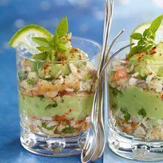 Verrines de crabe à l'avocat (Avocat, Citron vert, Coriandre, Crabe, Echalote, Huile d'olive, Paprika)