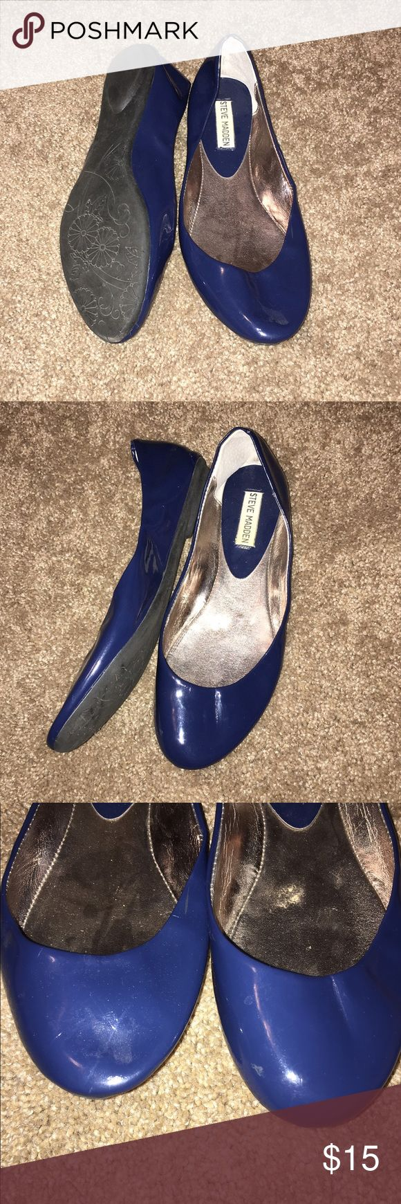 Steve Madden Navy Ballet Flats Good condition! Only worn a few times and are a little smashed from being in my closet for so long. Size 10 Steve Madden Shoes Flats & Loafers