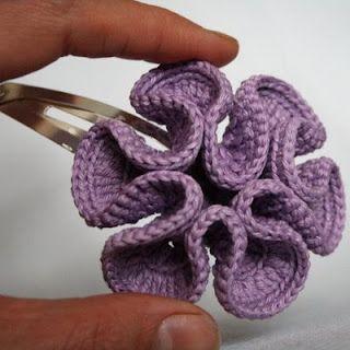 Looks like hyperbolic crochet - see here http://www.theiff.org/oexhibits/oe1e.html and here http://whipup.net/2006/04/12/crochet-maths/ ༺✿ƬⱤღ  http://www.pinterest.com/teretegui/✿༻