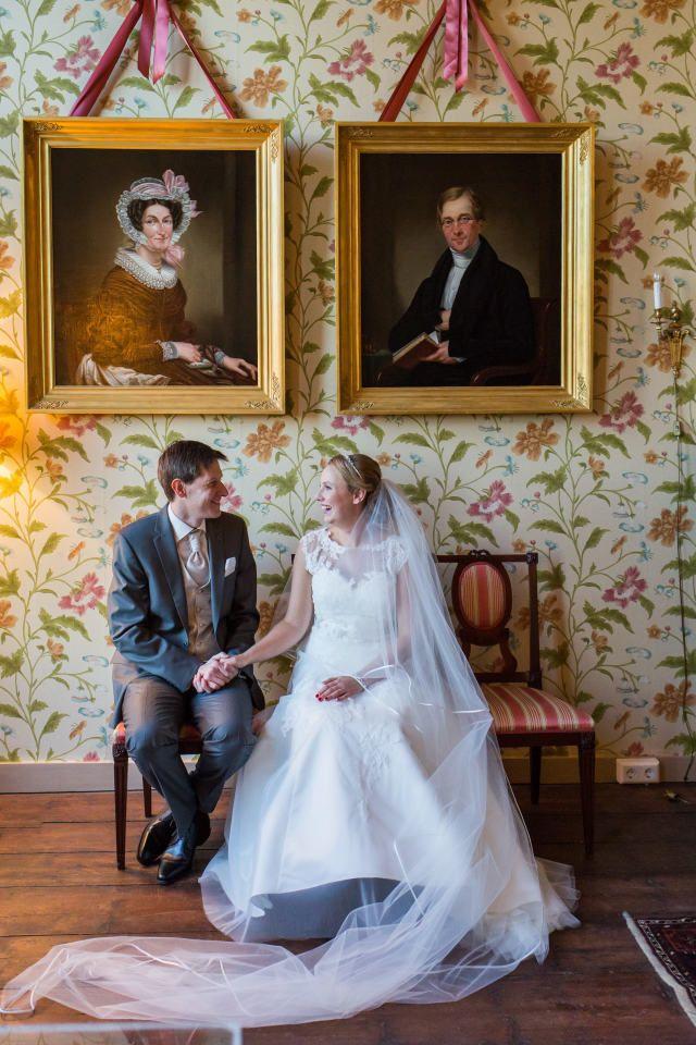 Credit: FloorFoto - huwelijk (ritueel), bruid, hoofddeksel, bruidegom, volk, ceremonie, vrouw, huwelijk (burgerlijke staat), volwassen, liefde, jurk, mannelijk, bruids, kleding, portret, paar (sociologie)