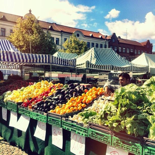 Open Monday through Saturday, the market at Möllevången is always a treat.   #owegoo #malmö #travel #sweden #scandinavia #möllevången #market #malmo #freshproduce #farmersmarket