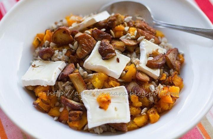 Buchweizenbrei mit Kürbis, Pilzen und Brie