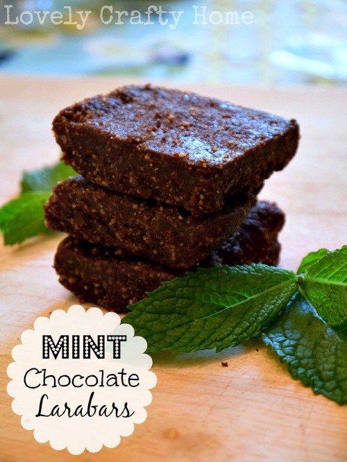 DIY Mint Chocolate Larabars vanilla powder instead of extract