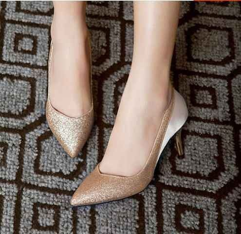 """""Heels sania 0097 Material: gliter sintetis Harga: 125 Warna: gold Order PIN CS1-5A1F32FA PIN CS2-5FI5DE72 & SMS/WA 087722-575-101  Reseller & Dropship Welcome!  Happy Shopping! :) #jamtangan #jamtanganwanita #jammurah #grosirjam #sweatercouple #flatshoes #jamtanganterbaru #resellerjamtangan #taswanita #sneakerscwe #celanajeansripped #jamtanganartis #olshop #wedgesterbaru #jaketjeans  #resellerwelcome #celanajeans #sepatubandung #celanajeanshw"
