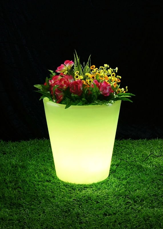 Glowing pot