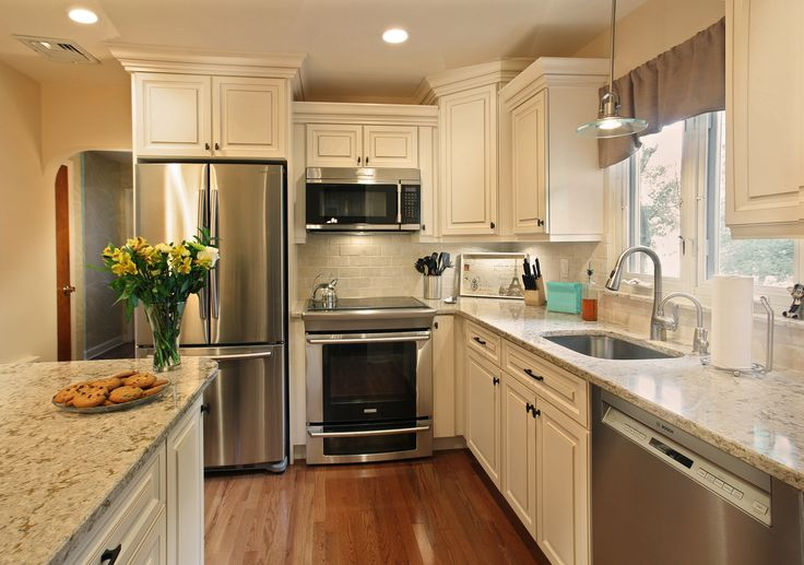 Cambria windermere paired with a noce subway style for Cambrian kitchen cabinets