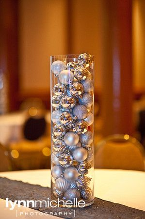 clean and chic, simple idea for centerpieces, shiny glitter Christmas ornaments.