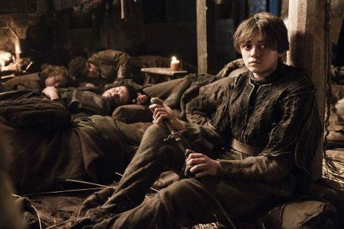 Game of Thrones Season 7 Spoilers: Petyr Baelish Dead - Littlefinger Dies By Arya Snow's Dagger