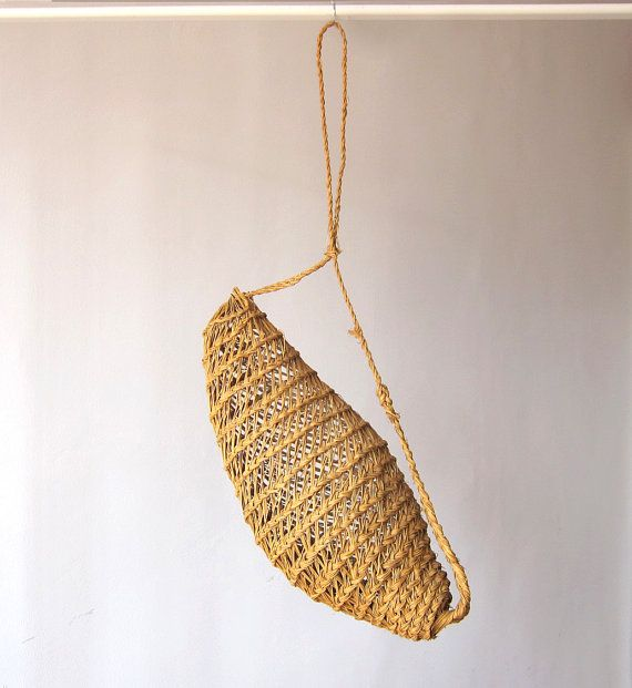 Vintage Spanish Snail Basket / Southern Spain Esparto craft / Cocoon shape / Beach house / Rustic decoration