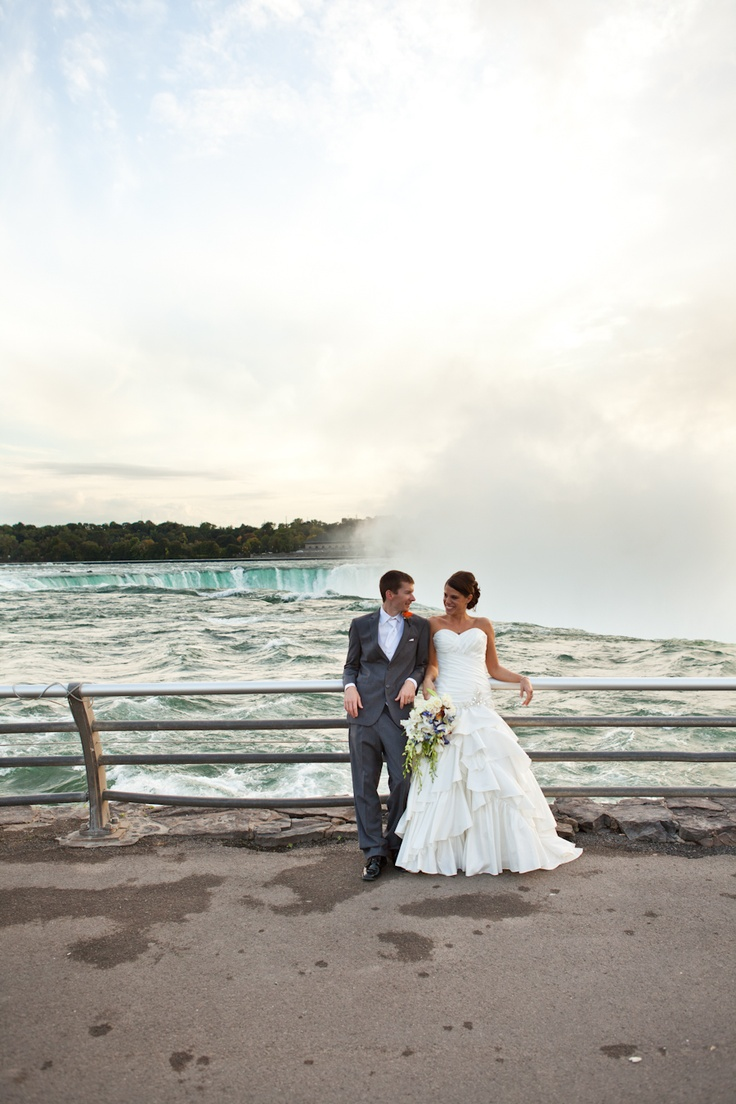 niagara falls wedding bride groom JACKIE//DAN