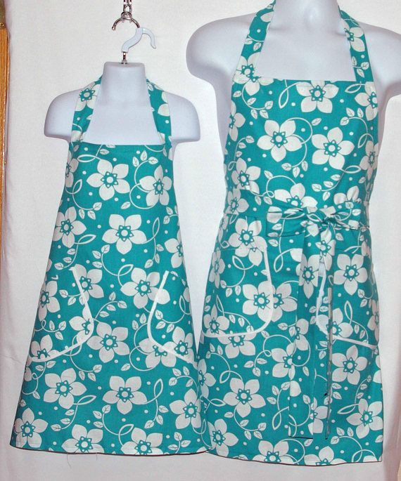 Mommy Daughter Aprons  Matching Teal Floral Customize Gift