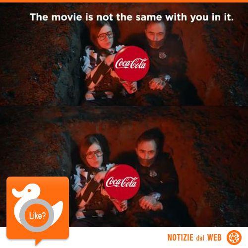 COCA COLA RULEZ  Pagare per vedere un film e ritrovarsi l'esperienza rovinata da persone che mangiano e bevono rumorosamente o i cui telefoni squillano, vi ricorda qualcosa? Per dimostrare che tutto ciò è davvero fastidioso, Coca Cola ha ideato dei video divertenti ma efficaci.  http://shots.it/news_item.php?news_id=111&id=11&lang=it