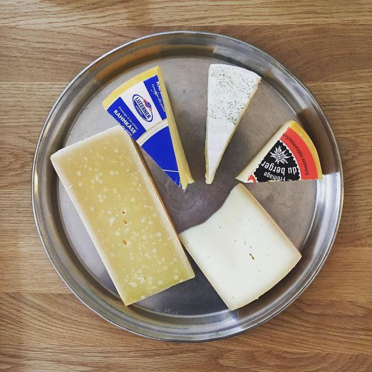 #cheese #breakfast #sundaymorning #brunch #bern #switzerland