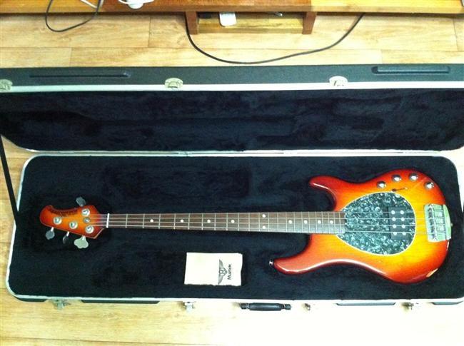 15 best images about bass guitars on pinterest bass. Black Bedroom Furniture Sets. Home Design Ideas