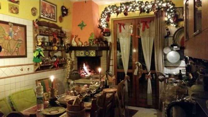 La Cucina di Natale del Girasolereale b&b Rome -  Christmas Kitchen in Rome #christmas #natale #cucinadinatale