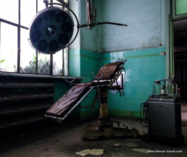 I've kept the pictures of Racconigi mental asylum in my phone for almost one year.