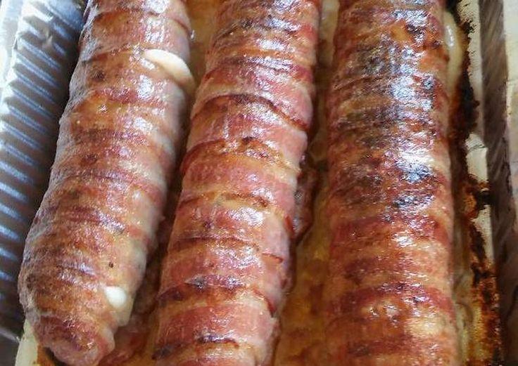 Baconos sajtos tekercs