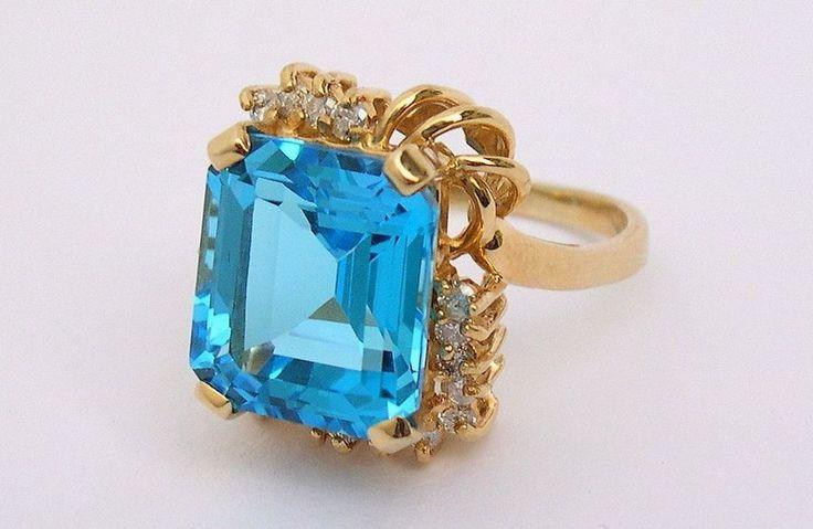 Estate Fine 14K Gold Ring 10 ct Emerald Cut Blue Topaz w 18 Diamond Accents #Cocktail