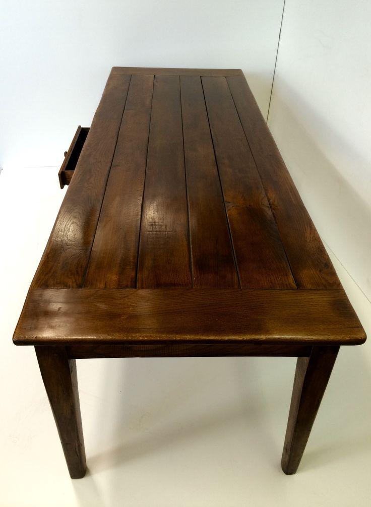 Uw Franse tafel in de maat die u precies wilt? Justus & Tjebbo Interieur maakt het voor u! Niet van oude, antieke tafels te onderscheiden maar wél stevig, op de juiste hoogte en vaak voor de halve prijs!Eiken tafelFranse tafel antiekOude tafel op maatAntieke eettafel geleefd .
