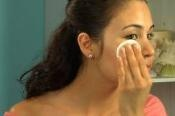 How to Remove Makeup Stains on carpet