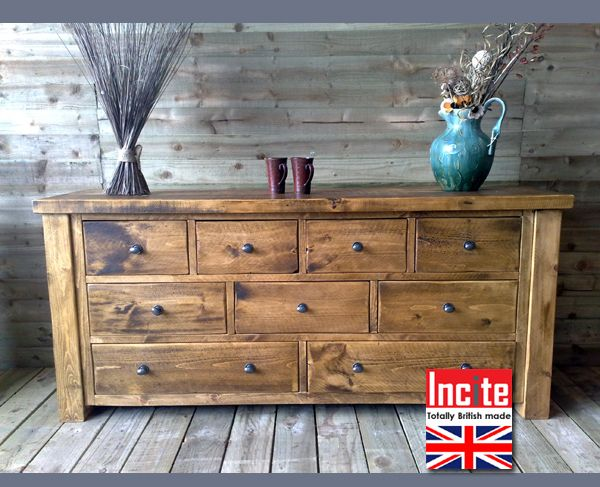 Rustic Chunky Plank Pine 9 Drawer Chest of Drawers                                                                                                                                                                                 Más