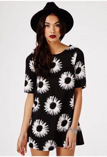 Stefania Daisy Print Shift Dress In Black - Dresses - Shift Dresses - Missguided