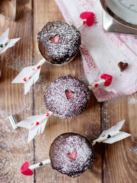 Valentines Amor Pfeil Muffins mit Herzchen