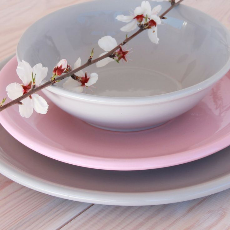 Kate & Plate tableware with a little bit of spring-feeling