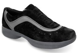 Spira Women's Casual Shoe Collection Helix Sport in Black (SCL402). $129.95