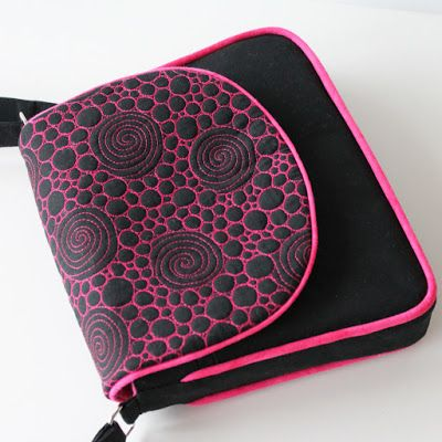 Jana Dohnalová - hand dyed and free motion quilted handbag
