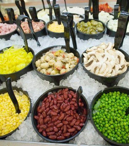 Decoracion cocina restaurantes tipo barra ensaladas for Cocina moderna tipo buffet