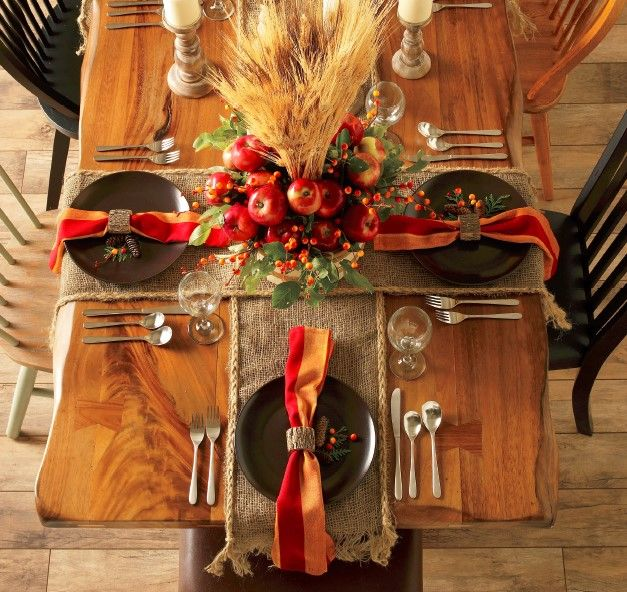 Create #rustic looking #DIY table runners by trimming burlap strips and adding braided jute around the edges.
