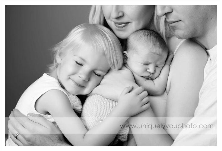lincoln nebraska newborn photographer | www.uniquelyyouphoto.com