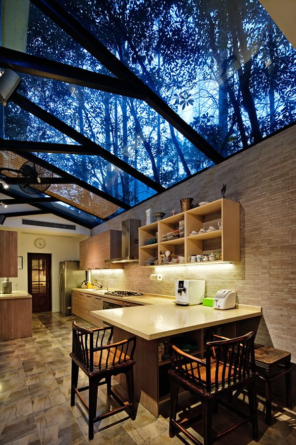 """A 1930s Old Garden House on tree-lined boulevard in the Shanghai's French concession. An American Chinese culture lover with a low key, simple life style.The renovation retains the city's historical context. Our designer's concept is """"not too Suzhou""""- n…"""
