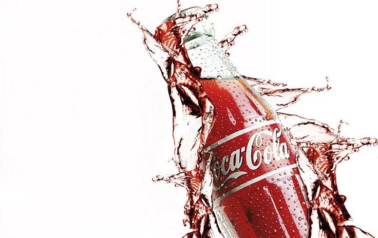 fotografia_coca_cola_envuelta_en_explosión_de_liquido. Manuel Díaz.   http://www.oshso.com