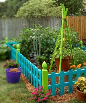 17 best images about garden fences on pinterest gardens for Vegetable patch ideas