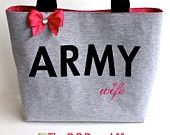 Simple Army wife purse. I love it----one of the prettiest army wife bags i've seen! pretty! <3