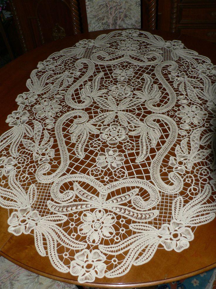 Centro tavola in Macrame rumeno interamente ricamato a mano in cotone ecru | eBay