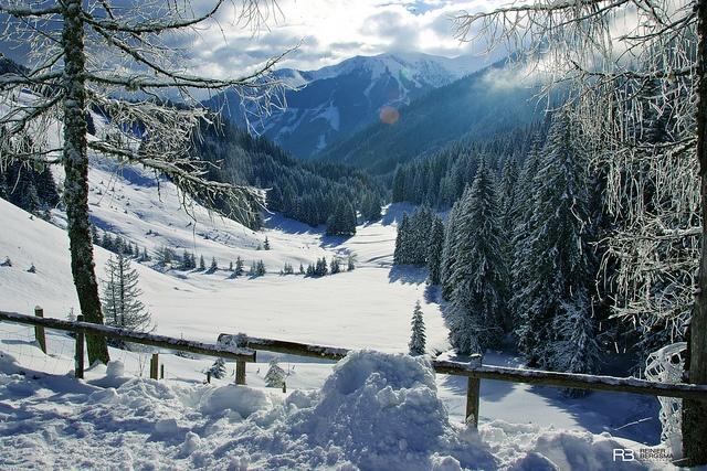 Saalbach-Hinterglemm mountains, Austria by Reinier Bergsma, via Flickr