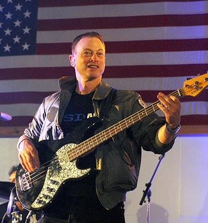Gary Sinise He does wonderful/great things to help our military! Thank you Gary for all you do! ♥♥