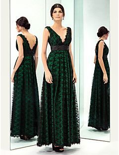 Prom/Military Ball/Formal Evening Dress - Dark Green Plus Sizes A-line V-neck Floor-length Lace/Taffeta