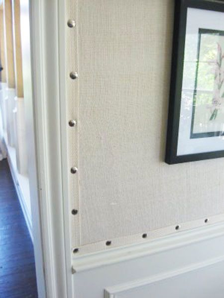 Burlap Wall Covering. For more ideas on decorating with burlap, go to http://decoratingfiles.com/2012/08/15-ways-to-decorate-with-burlap/
