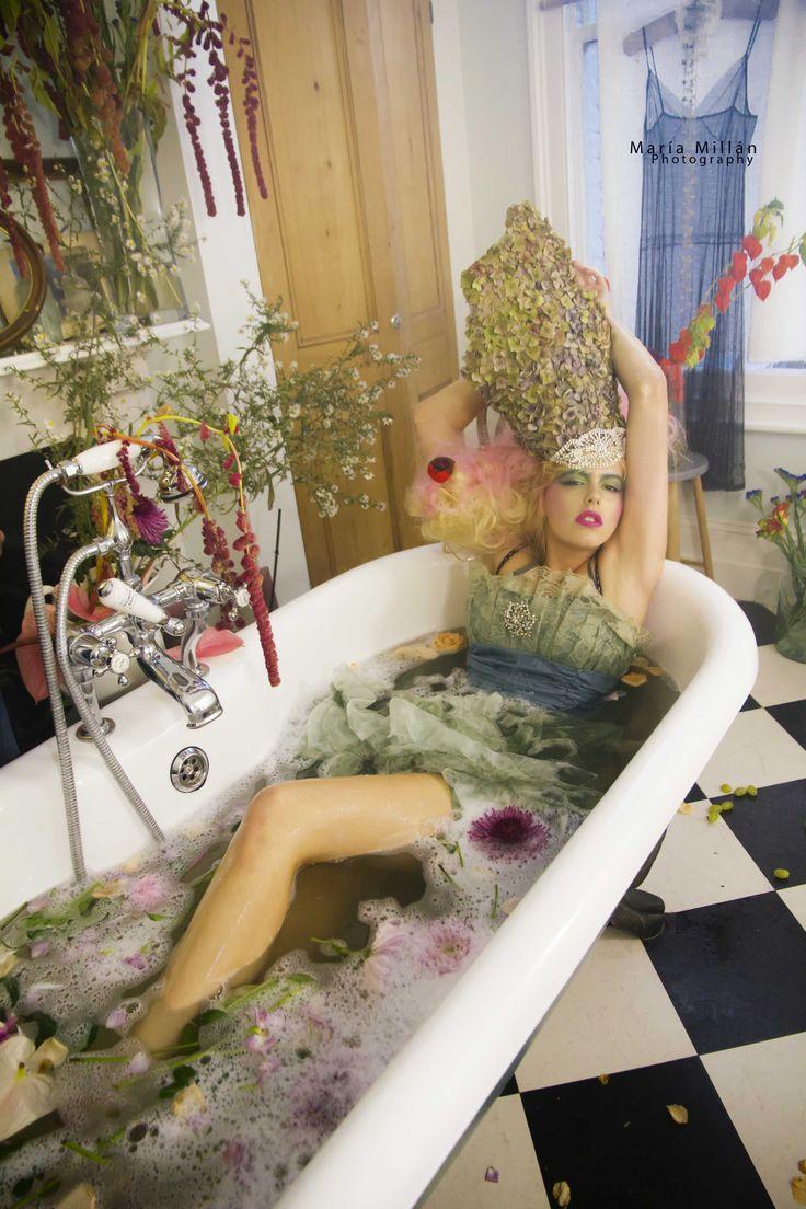 #bath #headpiece #Flowers #princess #fairytale #Bathroom #MariaMillan #Fashion #Photography www.mariamillan.com