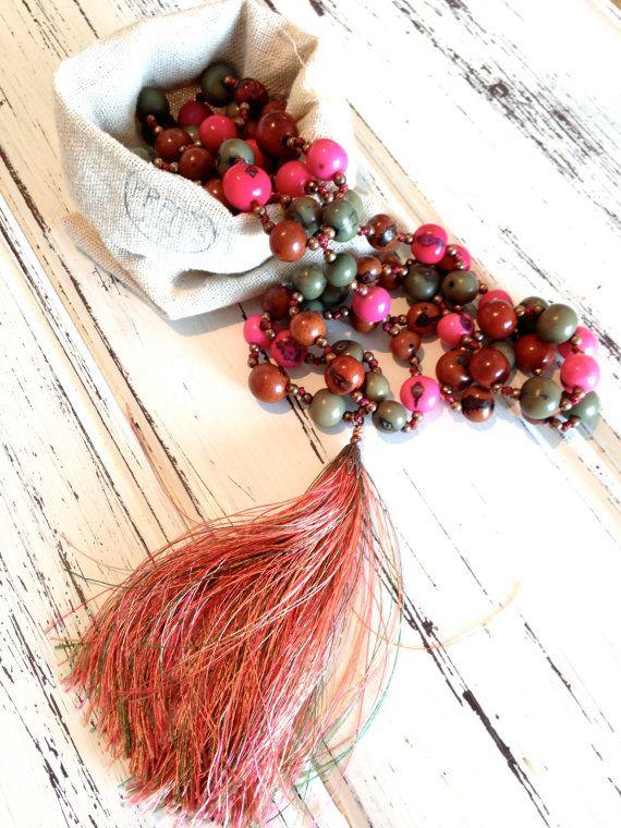 necklace chapelet rosary fuchsia brown mala beads açai seeds amazonie, forest, buddha beads, collier mala, spirit, tassel nomad