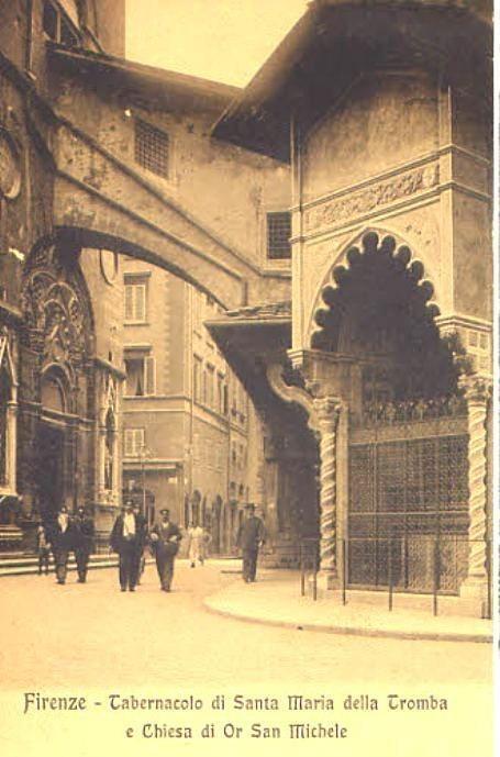 1910: Tabernacolo di S.M. della Tromba and Orsanmichele as seen from Via Calimala.