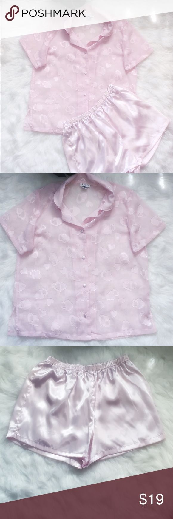 ⬇️Price Drop⬇️ Cinema Etoile Pink Pajama Set Baby Pink Pajama Set. Polyester. Machine washable. No visible flaws. Worn once. Size M Intimates & Sleepwear Pajamas